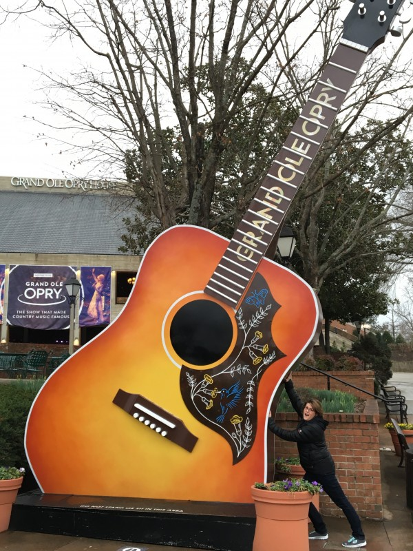 Cheesing it with this giant guitar in front of the Grand Ole Opry